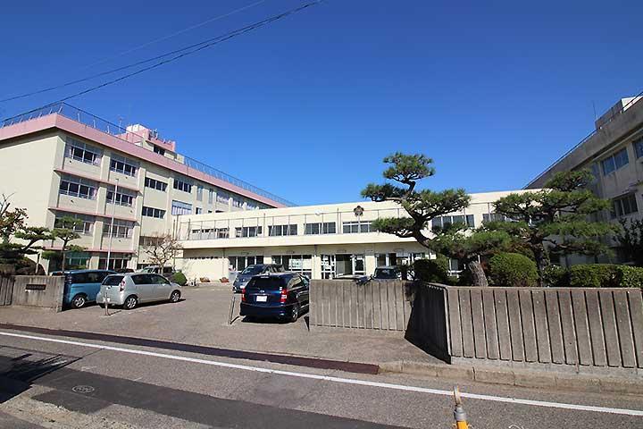 新潟市立坂井輪中学校